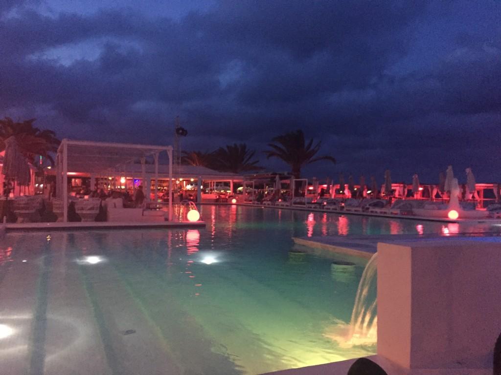 Jacaranda Beach Club